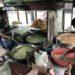 エンゲル係数が世界一?のインドネシア人 住宅街の中でも屋台だらけ